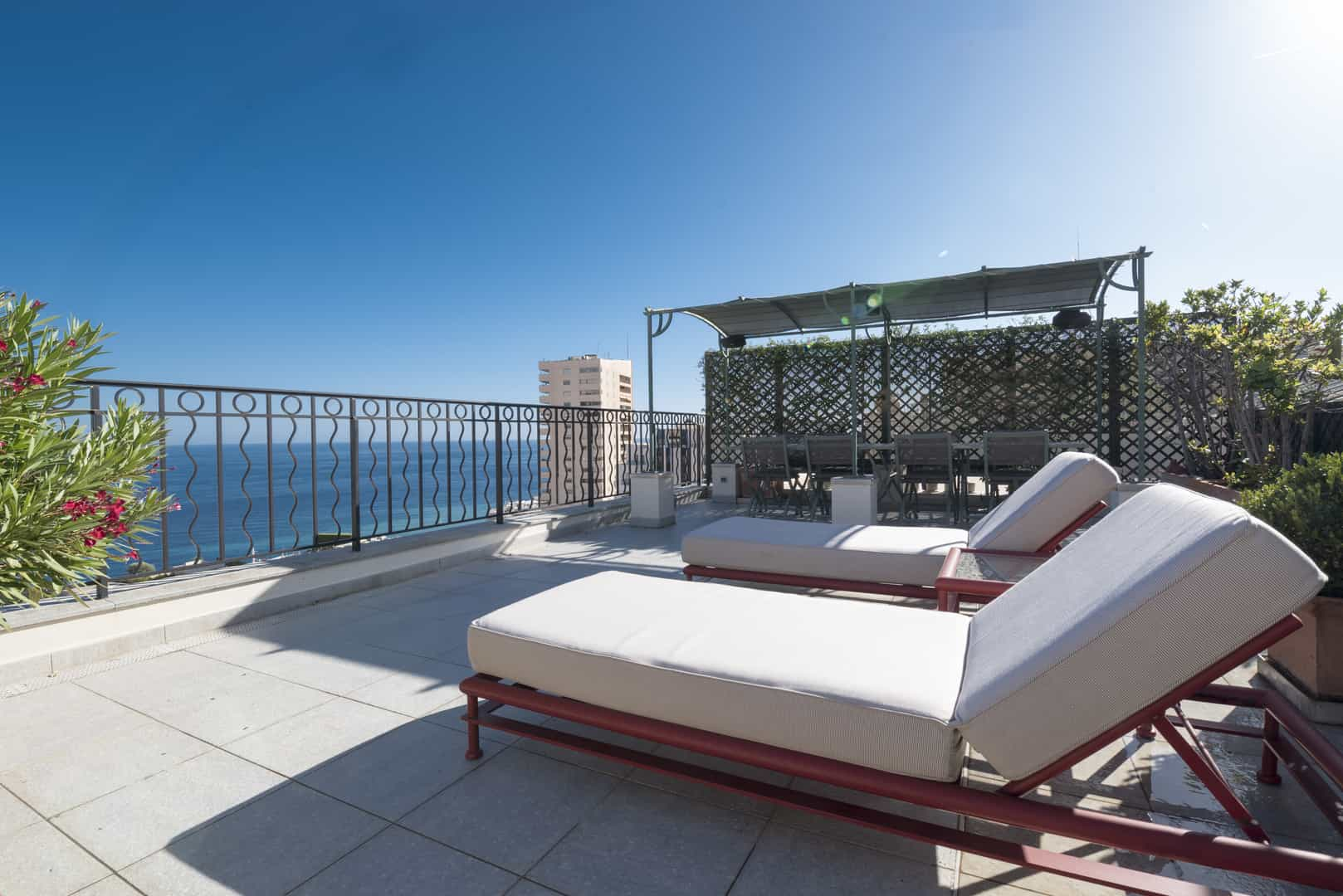 Monaco Properties - GOLDEN SQUARE : Perfectly situated Seaview-Duplex
