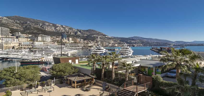 Monaco Properties - 4 ROOMED APARTMENT ON THE PORT HERCULE - PORT VIEW